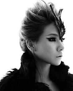 #CL ( #2NE1 ) - eyeliner