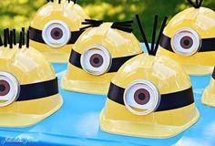 Cómo celebrar una fiesta de cumpleaños de los Minions en casa