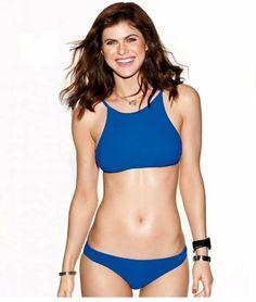 Alexandra Daddario Images, Jenifer Lawrence, Bikinis, Swimwear, Annabeth Chase, Hollywood Celebrities, Hollywood Model, Curvy Celebrities, Hollywood Actresses
