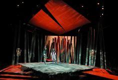 Macbeth. Repertory Theatre of St. Louis. Scenic design by Michael Ganio. 2001