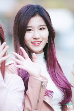 Sana ♥ Real Name : Mitanozaki Sana ♥ Birthday : December 29,1996 ♥ Birthplace : Tennōji-ku, Osaka, Japan ♥ Height : 165 cm ♥ Occupation : Singer (member of Twice)