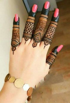 Pick a design and leave it on our Mehendi Expert. Plan your wedding with us now at Bookeventz! Henna Hand Designs, Dulhan Mehndi Designs, Mehndi Designs Finger, Basic Mehndi Designs, Henna Tattoo Designs Simple, Legs Mehndi Design, Mehndi Designs For Girls, Mehndi Designs For Beginners, Mehndi Design Photos