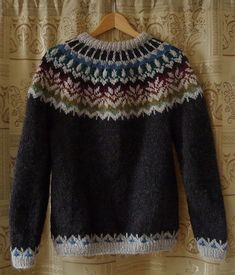 Irasis' Icelandic sweater - free pattern on Ravelry by Joy Dancey Knitting Patterns Free, Knit Patterns, Free Knitting, Free Pattern, Sweater Patterns, Icelandic Sweaters, Fair Isle Knitting, Knit Or Crochet, Pulls