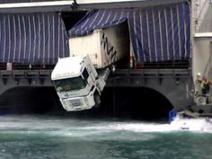 FAIL - Truck Parking On Ferry FAIL - Watch And Share Funny Videos Online - Boringly.com