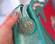 Spectrum X Disney, The Ariel Bag #spectrumbrushes #spectrum #spectrumxdisney #disney #disneyxspectrum #disneyprincess #thelittlemermaid #ariel #girlboss #blogging #bloggers #flatlay