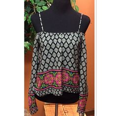 POETRY BOHO STYLE BLOUSE Cute blouse that can be worn on or off the shoulder.  Wide sleeves and a bold print NWOT Poetry Tops Blouses