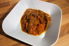 Gewürzexplosion: Lamm-Curry mit Bohnen und Süßkartoffeln