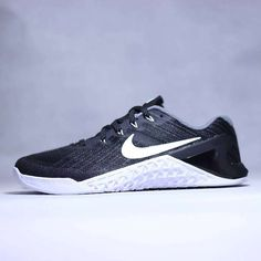 nike metcon 3 colour