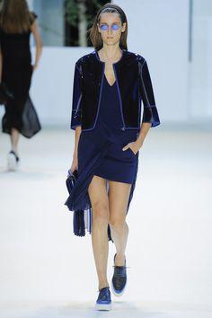 Akris Spring 2016 Ready-to-Wear Collection Photos - Vogue