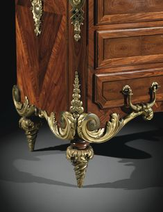 A GILTBRONZE MOUNTED KINGWOOD AND ROSEWOOD COMMODE, LOUIS XIV, CIRCA 1710, ATTRIBUTED TO ANDRÉ-CHARLES BOULLE