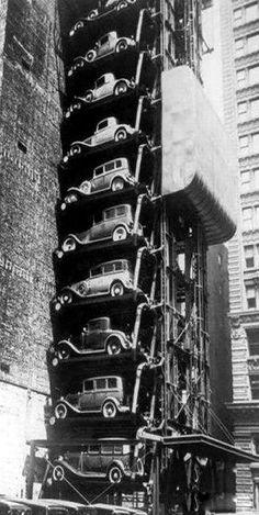 Parking avec ascenseur à Chicago 1936