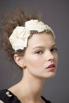 Pretty Hair accessory for the Wedding