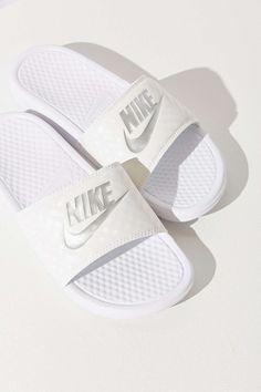 reputable site be9e8 000ea 9 Best Nike Slides images | Nike slippers, Nike slides ...