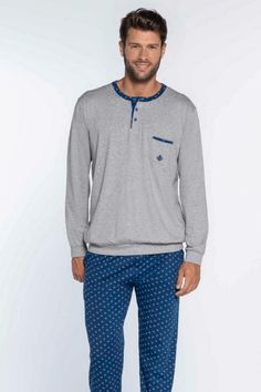 Pyjamas, Athletic, Zip, Jackets, Fashion, Down Jackets, Moda, Athlete, Fashion Styles