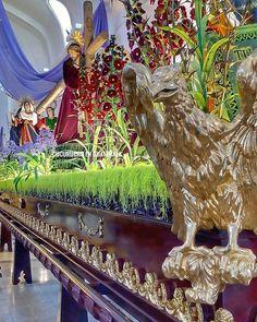 """""""Hoy sale""""... Y para muchos así inicia la Cuaresma. #UnaCuaresmaDiferente #cucuruchoenguatemala #jesus #tradicionesgt #Cuaresma2018 #JesusDeSanJose #hermoso #esplendor #aguila #emocion #penitencia"""