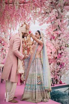 Dreamy Bridal Lehenga every bride-to-be Dreams of you! Indian Wedding Gowns, Muslim Wedding Dresses, Indian Bridal Outfits, Indian Bridal Lehenga, Indian Bridal Wear, Desi Wedding, Red Lehenga, Anarkali, Blue Lengha
