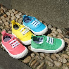 2013 Autumn unisex Kids Colorful Fashion Soft Canvas Anti slip Candy Toddler Shoes Lace up Boys Girls sports sneakers Shoes-in Sneakers from...