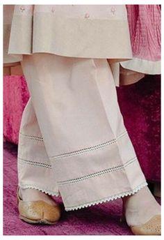 Pakistani Fashion Casual, Pakistani Dresses Casual, Pakistani Dress Design, Salwar Designs, Kurta Designs Women, Kurti Designs Party Wear, Stylish Dresses For Girls, Stylish Dress Designs, Designer Kurtis