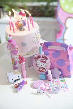 Hello Kitty Balloon Dreams Party Packs #Birthday #HelloKitty #BirthdayExpress