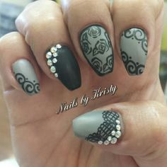 Coffin matte bling nails lace roses