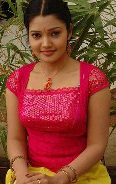 10 Most Beautiful Women, Beautiful Girl In India, Beautiful Blonde Girl, Beautiful Girl Image, Beautiful Indian Actress, Beautiful Roses, Cute Girl Image, Cute Girl Pic, Beauty Full Girl