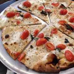 TripAdvisor's users rank the best pizza restaurants in the U.S., as well as the best pizza cities.