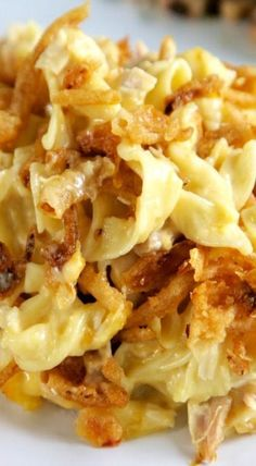 French Onion Chicken Noodle Casserole - comfort food at its finest, perfect for a chilly night!