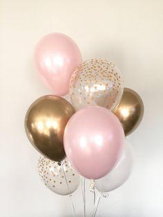 Pink Blush Balloons (Pink Blush Balloons) Blush and Gold Balloons Gold and Blush Balloons Blush Bridal Shower Decor (fr) Blush Baby Shower Bridal Shower Decorations, Birthday Party Decorations, Birthday Parties, Balloon Table Decorations, Pink And Gold Birthday Party, Pink Graduation Party, Pink Gold Party, Pink And Gold Decorations, Blush Bridal Showers