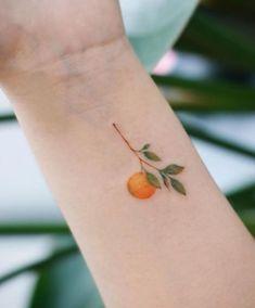 10 Minimalist Tattoo Designs For Your First Tattoo - Spat Starctic Mini Tattoos, Hot Tattoos, Body Art Tattoos, Tribal Tattoos, Tatoos, Tiny Tattoos For Girls, Tattoo Girls, Cool Little Tattoos, Pretty Girl Tattoos