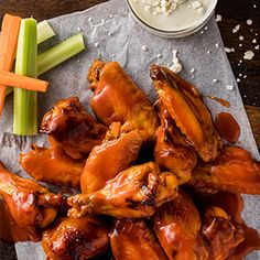 Check out this great recipe from Franks RedHot: Kentucky-Style-Glazed-Wings Easy Chicken Wing Recipes, Chicken Specials, Wings In The Oven, Southern Recipes, Southern Food, Hot Sauce Recipes, Buffalo Wings, Appetizer Recipes, Snack Recipes