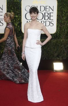 Photos from the Red Carpet: The 70th Annual Golden Globe Awards - Anne Hathaway