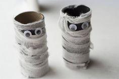 mummies-horiztonal-white.jpg (700×467)