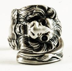 Victorian Lion Sterling Silver Spoon Ring with Black by Spoonier