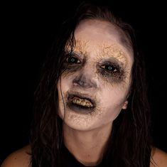 #makeup #infected #horrormakeup #scarymakeup #halloween #undead #horror Scary Makeup, Halloween Face Makeup, Horror Make-up, Character Makeup, Creepy Makeup, Horror Makeup, Costume Makeup