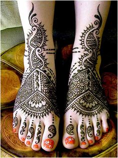 Eid Mehndi-Henna Designs for Girls.Beautiful Mehndi designs for Eid & festivals. Collection of creative & unique mehndi-henna designs for girls this Eid Pakistani Mehndi Designs, Eid Mehndi Designs, Legs Mehndi Design, Simple Arabic Mehndi Designs, Bridal Henna Designs, Mehndi Style, Beautiful Mehndi Design, Indian Mehendi, Indian Bridal