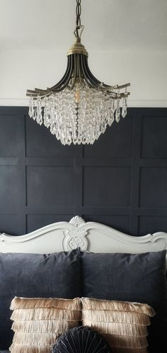 Easy to do panelling diy Painted Paneling Walls, Painting Wood Paneling, Paneled Walls, Paneling Remodel, Valspar Colors, Living Room Panelling, Floor Restoration, Gold Rooms, French Bed