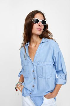 41f53825e8e8 Image 4 of FLOWY SHIRT WITH POCKETS from Zara Faux Fur Boots