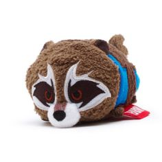The rascally raccoon has had a cute Tsum Tsum makeover with our mini Rocket soft toy! Part of the Guardians of the Galaxy Vol. 2 collection, the stackable softie features embroidered costume detail.
