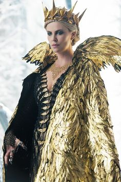 WWW: What about Ravenna's (Charlize Theron) look? Feathers seem to play a major role. CA: It seemed kind of weird to reuse the same [costume from the first film] for the raven scene,...