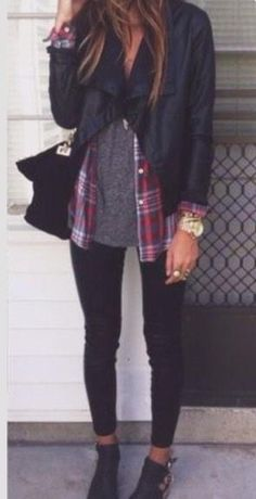 Love this for fall/winter. Leather jacket and layers.