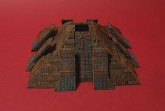 Miniatures Universe diorama pyramid tyrell corporation 5x52 inch. avaiable on ebay http://www.ebay.fr/itm/-/282061608460?ssPageName=STRK:MESE:IT