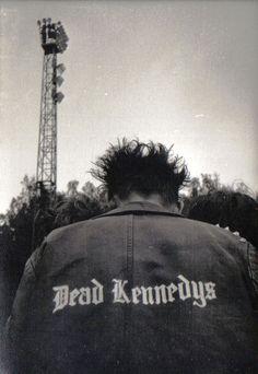 punks rocks, dead kennedys