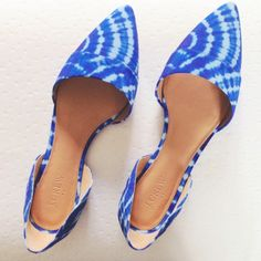 hp 3xj crew tie dye d'orsay flats Amazing! Bright blue tie dyed pattern d'orsay flats from J Crew Factory. Brand new in box. Size 9.5.Host Pick 8/11, 9/3 & 9/29 J. Crew Shoes Flats & Loafers