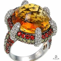 This joyfully bright #Citrine Quartz ring is the perfect addition to any holiday…