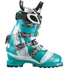 Scarpa Womens TX Pro Ski Boots Emerald Ice Blue 26 *** Visit the image link more details. (This is an affiliate link) Climbing Outfits, Climbing Girl, Ice Climbing, Trekking Outfit, Trekking Shoes, Mountaineering Boots, Ski Boots, Comfortable Boots, Long Distance