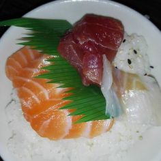 #laforchettasullatlante #sushi #food #foodporn #japanese #sashimi #dinner #instafood #japanesefood #yummy #salmon #delicious #japan #yum #maki #foodie #love #sushitime #wasabi #friends #sake #restaurant #avocado #tempura #nigiri #fish #seafood #rolls  #foodstagram