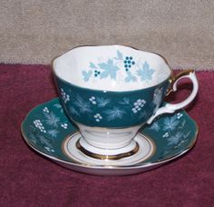 Vintage Royal Albert English Bone China Tea Cup and Saucer | eBay