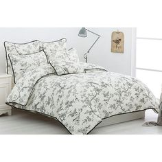 Belmondo Provincial Beauvary Quilt Cover Set Black Queen