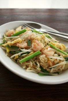 Thai Recipes, Asian Recipes, Asian Foods, Healthy Cooking, Cooking Recipes, Pinwheel Recipes, Game Day Snacks, Cafe Food, Looks Yummy