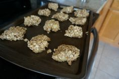 "Banana Rolled Oats ""Cookies"". Healthy toddler snack."
